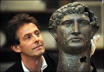 Hadrian_2